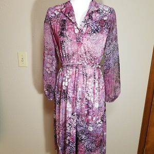 Pink long sleeve vintage dress, size small